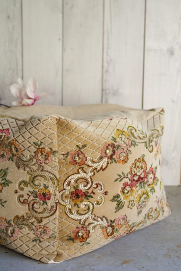French old fabrib - Creation - French old ottoman