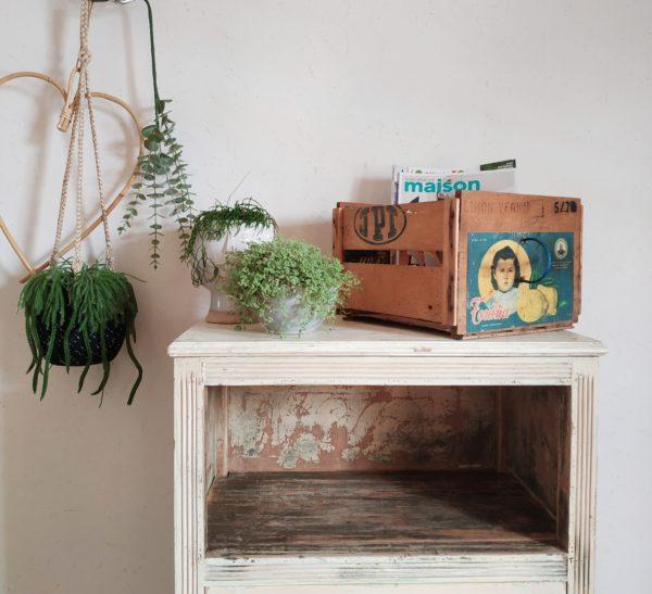 nous aimons les boîtes de rangement vintage, surtout quand elles sortent de l'ordinaire.
