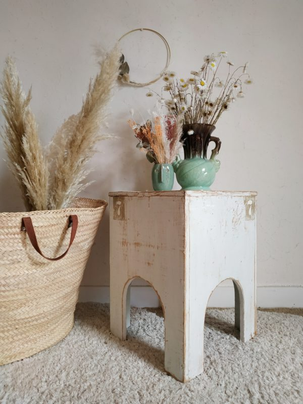 Ce petit mobilier vintage a de suite conquis notre cœur.
