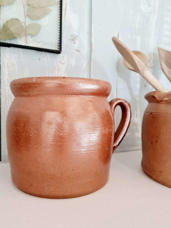 Ces objets fait main possèdent des aspérités liées à leur création, ce qui en fait tout leur charme.