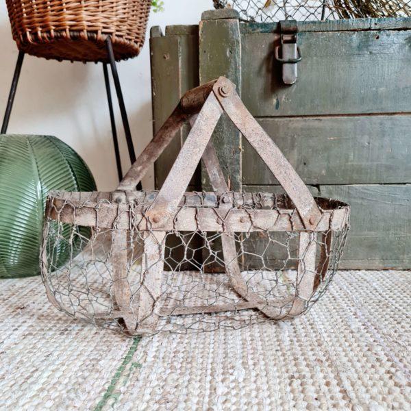 Panier métal filaire ancien poignée bois