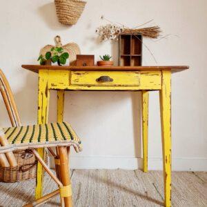 Table de campagne ancienne piétement jaune