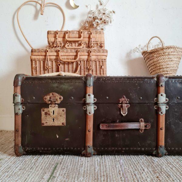 Coffre malle de voyage vintage bois et métal